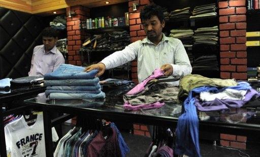 Una tienda de ropa para caballeros tiene como nombre 'Hitler' en India