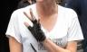 Kristen Stewart da primer vistazo de su nuevo tatuaje punky [FOTOS]