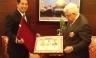 Presidente del Estado Palestino condecora alcalde de San Miguel Salvador Heresi