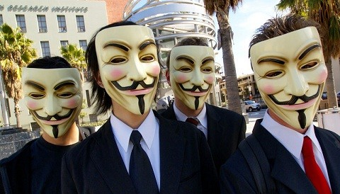 Anonymous inicia 'Marzo Negro' contra industria del entretenimiento