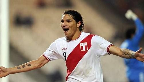 Paolo Guerrero figura entre los 20 mejores goleadores del mundo