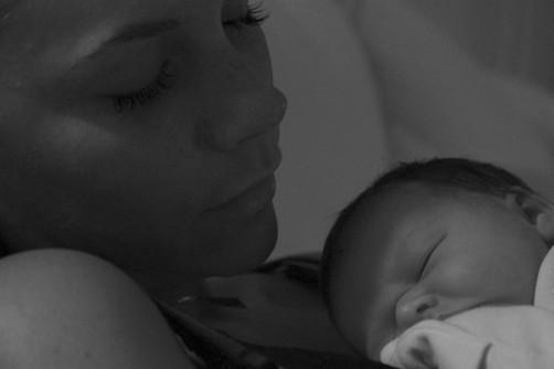 Victoria Beckham está encantada en su papel de madre