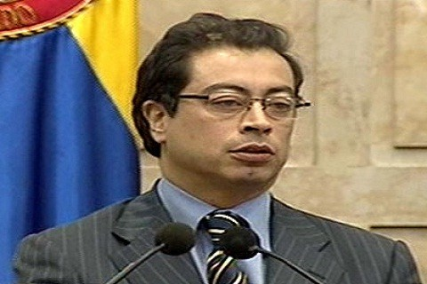 Ex guerrillero inicia su gestión como alcalde de Bogotá