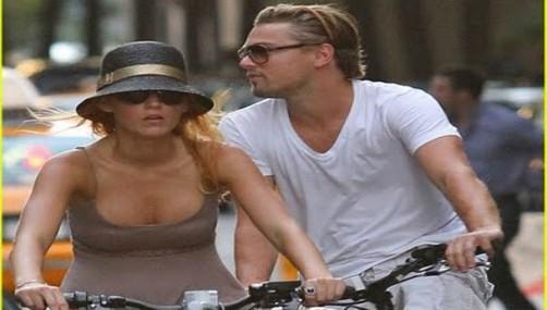 Leonardo Dicaprio Y Blake Lively Paseo En Bicicleta Generaccioncom