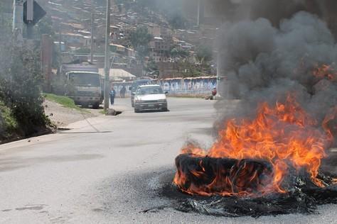 Suspenden paro en Cañete