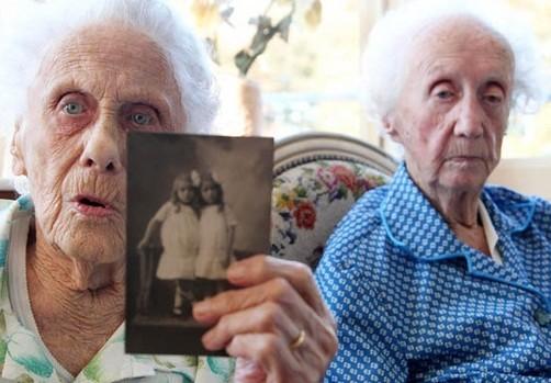 Gemelas más longevas del mundo cumplieron 101 años de edad