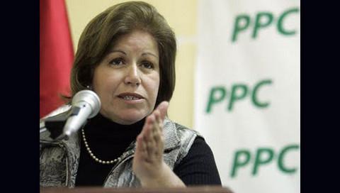 Lourdes Flores en contra de propuesta hecha por García de indultar a Fujimori