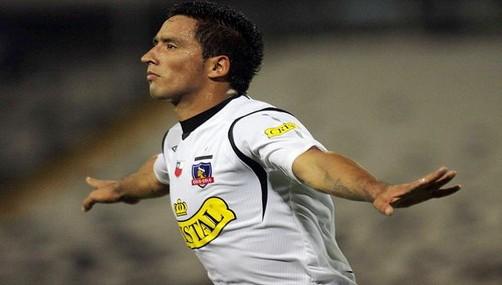 Lucas Barrios: Paraguay jugará de igual a igual a Brasil