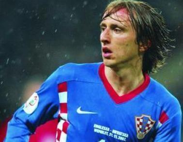 Manchester United lanza 45 kilos por Luka Modric