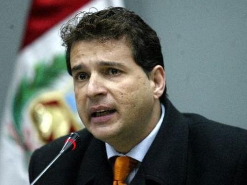 Chehade defendió de críticas al procurador Julio Arbizu