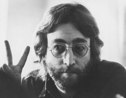 Compra diente cariado de John Lennon por 30 mil dólares