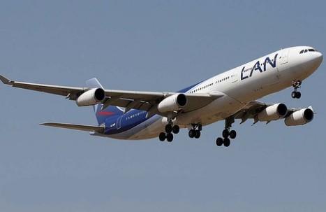 Avión no pudo aterrizar en aeropuerto de Arequipa y retornó a Lima