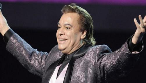 Juan Gabriel celebró en privado sus 40 años de trayectoria en Bellas Artes