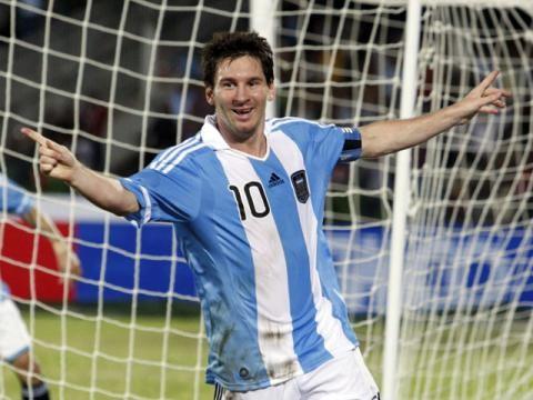 Lionel Messi quiere jugar más adelante en Newell´s