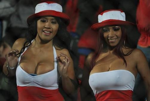 Daysi Araujo: 'Irina se encerró toda una noche con chileno en Copa América'