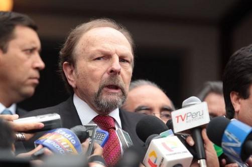 Salomón Lerner renunció a la Presidencia del Consejo de Ministros