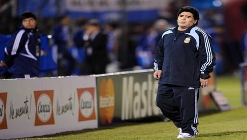 Maradona: 'Fidel es el único político que respeto'