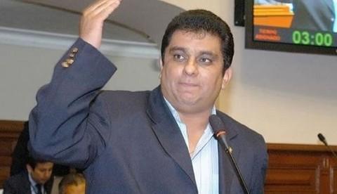 Carlos Raffo: 'El golpe de 1992 me hizo fujimorista'