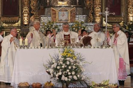 Arzobispo de Ayacucho realizará tradicional lavado de pies a 12 ancianos