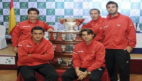 Copa Davis: Lluvia interrumpe partido entre España y Austria