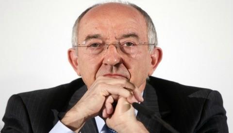 España dice que los bancos pueden necesitar más capital