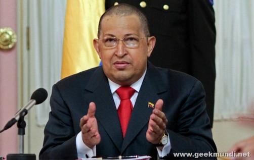 Chávez regresó a su país tras celebrar cumpleaños de Fidel Castro