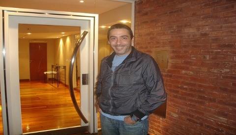 René Bertrand: 'Creemos que se puede hacer un teatro comercial independiente'