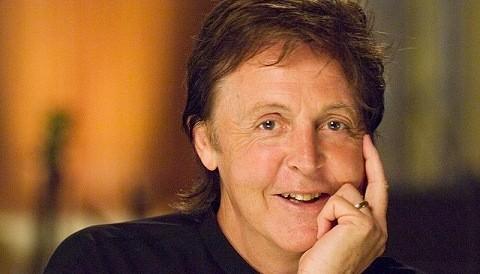 Paul McCartney revela su nuevo video para sordomudos