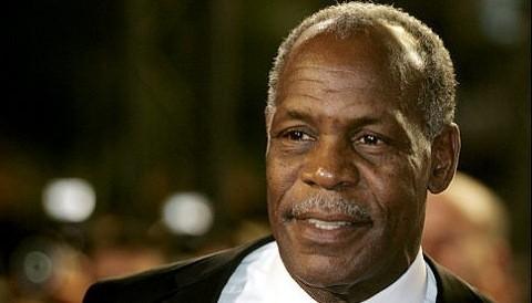 Danny Glover ratifica compromiso con los 5 antiterroristas cubanos