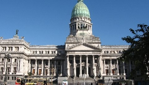 Mañana se debatirá en el Congreso argentino la expropiación de YPF