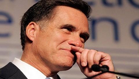 Mitt Romney quiere atraer a los evangélicos