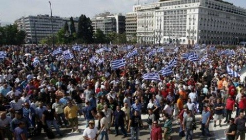 Salida de Grecia de Eurozona sería caótica