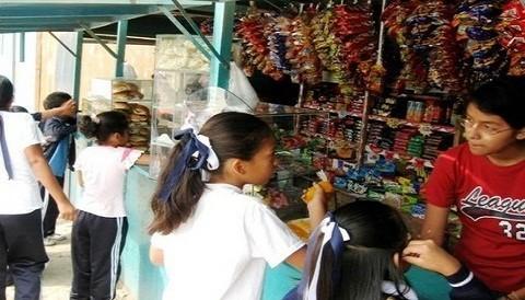 Quioscos saludables en escuelas de Lima Provincias