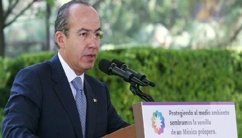 Felipe Calderón: 'Mi gobierno ha mejorado la economía mexicana'