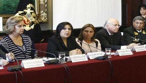 Ministra Ana Jara: No usemos a los niños como escudos humanos