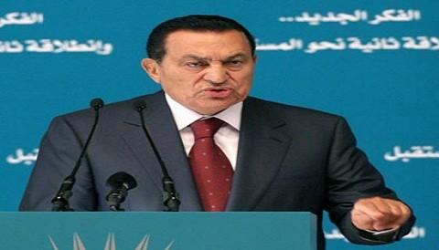 Egipto: Ex presidente Hosni Mubarak habría caído en estado de coma