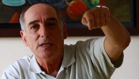 Carlos Tapia: Óscar Valdés comienza a decir cantinfladas vergonzosas