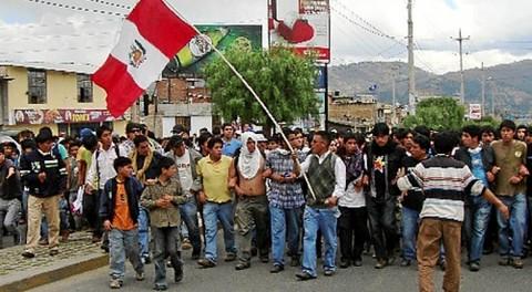 Cajamarca: 11 noticieros suspendieron sus transmisiones por protestas contra Conga