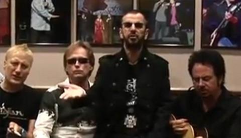 [VIDEO] Ex beatle, Ringo Starr, le canta a Paul McCartney por su cumpleaños