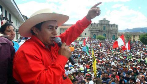 """Gregorio Santos: """"Campesinos cajamarquinos no aceptan disculpas de empresarios mineros"""""""