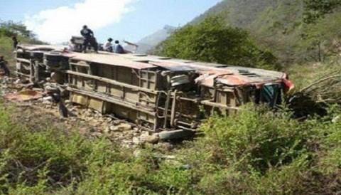Huánuco: Accidente vial deja 13 muertos y 35 heridos