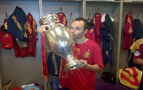 Andrés Iniesta comparte foto en Twitter