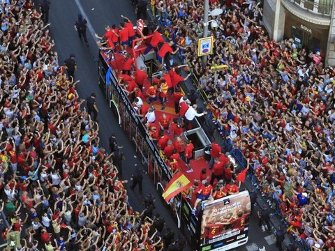 [FOTOS] Selección española celebra la Eurocopa 2012 en Madrid
