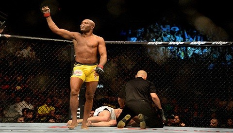 Anderson Silva venci por nocaut a Chael Sonnen por el UFC 148