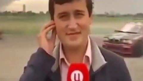 [VIDEO] Periodista es atropellado cuando realizaba transmisión en vivo