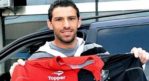 Maxi Rodríguez dejó el Liverpool y fichó por Newell's Old Boys