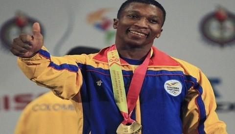 Juegos Olímpicos: Pesista colombiano Óscar Figueroa da la sorpresa y gana la medalla de plata en su categoría