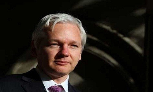 Julian Assange por aceptacin de asilo poltico: gracias Ecuador
