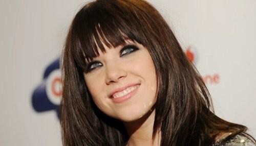 Carly Rae Jepsen tendrá colaboraciones de Bieber y LMFAO en su álbum