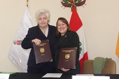 Barranco y Devida firman convenio para prevención de consumo de drogas